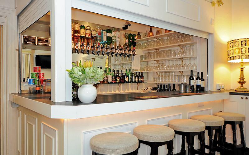 corporate bar